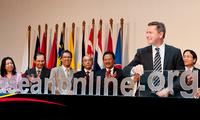 ASEAN, Canada step up bilateral ties