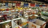 Vietnam-Laos Trade Fair 2015 opens