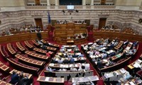 Greece parliament approves 85-billion euro bailout deal