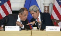 US, Russia to hold talks on Syria air strikes