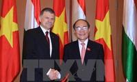Quang Ninh authorities welcome Hungarian NA Speaker