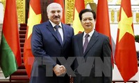 Prime Minister Nguyen Tan Dung meets Belarusian President