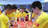 Vietnamese students excel at World Mathematics Olympiad