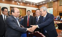 PM pledges continued support for business community