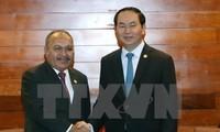 President Tran Dai Quang meets APEC leaders