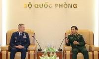 Vietnam, US strengthen defense ties