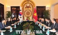 FM: RoK's New Look South policy considers Vietnam key partner