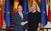 Vietnam boosts relations with EU