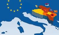 EU in 'frank' talks with Balkan nations seeking membership