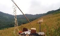 Wedding and new rice ceremonies of Kho Mu people