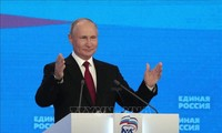 "Kremlin ""regrets"" EU rejection of proposed Putin summit"