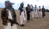 Taliban ask former Afghan forces to integrate with new regime