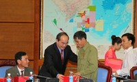 Phó Thủ tướng Nguyễn Thiện Nhân tiếp đoàn đại biểu người có công tỉnh Quảng Trị
