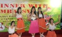 Lao động Việt Nam tại Malaysia vui đón Năm mới 2014