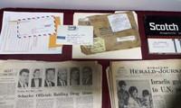 Ban Quản lý Di tích Nhà tù Hỏa Lò tiếp nhận hiện vật từ gia đình cựu chiến binh Mỹ