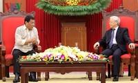 Tổng Bí thư Nguyễn Phú Trọng tiếp Tổng thống nước Cộng hòaPhilippines Rodrigo Duterte