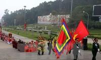 Giỗ Tổ Hùng Vương - Lễ hội Đền Hùng 2017: Dâng hương tưởng niệm các Vua Hùng