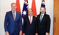 Thủ tướng Nguyễn Xuân Phúc hội kiến Chủ tịch Thượng viện và Hạ viện Australia
