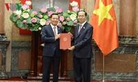Chủ tịch nước  trao Quyết định bổ nhiệm Phó Chánh án Tòa án nhân dân tối cao Nguyễn Văn Du