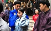 Tận hưởng hương vị Tết truyền thống tại phố cổ Hà Nội