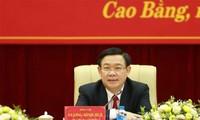 Phó Thủ tướng Vương Đình Huệ làm việc với tỉnh Cao Bằng