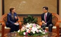 Phó Thủ tướng Vũ Đức Đam tiếp Trưởng đại diện UNICEF tại Việt Nam