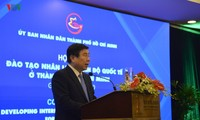 Thành phố Hồ Chí Minh cần phải quốc tế hóa giáo dục để tiếp cận với thế giới