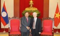 Tổng Bí thư, Chủ tịch nước Nguyễn Phú Trọng tiếp Tổng Bí thư, Chủ tịch nước Lào Bounnhang Vorachith