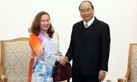 Thủ tướng Nguyễn Xuân Phúc tiếp Đại sứ Malaysia và Armenia