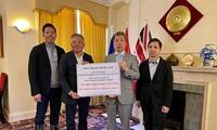 Dịch viêm đường hô hấp cấp COVID-19: Doanh nhân Việt kiều Anh  ủng hộ 1 tỷ đồng  giúp Việt Nam