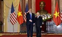 Lãnh đạo Việt Nam - Hoa Kỳ trao đổi điện mừng kỷ niệm 25 năm thiết lập quan hệ ngoại giao