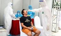 Hà Nội hoàn thành việc lấy mẫu xét nghiệm RT-PCR cho người dân trở về từ Đà Nẵng