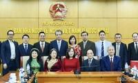 Lãnh đạo Bộ Ngoại giao chúc Tết kiều bào Hà Nội