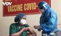 Đà Nẵng tiêm vắc xin phòng Covid-19 cho 100 người đầu tiên
