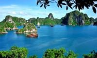 Thính giả chia sẻ ý kiến về các chương trình của Đài TNVN; thông tin về các điểm du lịch hè ở Việt Nam