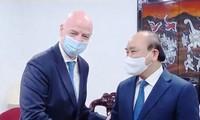 FIFA tiếp tục hợp tác chặt chẽ, hỗ trợ Liên đoàn bóng đá Việt Nam