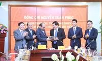 Hình ảnh: Thủ tướng Nguyễn Xuân Phúc thăm và làm việc với VOV