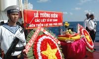 Homenajean a combatientes caídos por la soberanía marítima