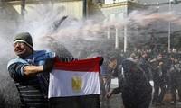 Egipto decreta toque de queda en el Cairo
