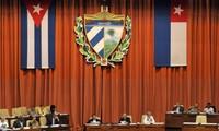 Cuba experimenta plan de separación de poderes