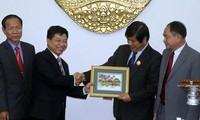 Cambodia aprecia logros de Vietnam en el desarrollo nacional
