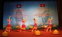 Vietnam y Cambodia afianzan relaciones de amistad y cooperación