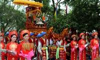Culto a los reyes Hung en la vida comunitaria