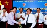 Vietnam promueve a los jóvenes en el desarrollo de la economía colectiva