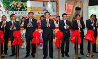 Premier vietnamita participa en Feria Comercial ASEAN-China