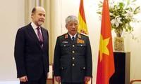 Refuerzan cooperación defensiva Vietnam y España