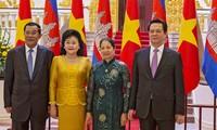 Primer ministro de Camboya visita Vietnam