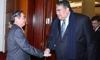 Vietnam y República Dominicana refuerzan relaciones políticas
