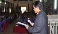 Sacerdote Nguyen Van Ky se involucra activamente en la construcción del nuevo campo