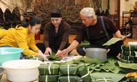 ¿Cómo celebran los jóvenes vietnamitas el Año Nuevo Lunar?